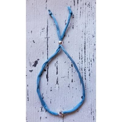 zijden armbandje grijsblauw ster