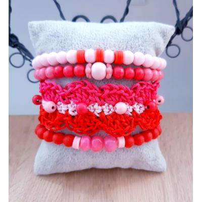 armbanden set met gehaakte armband roze/rood